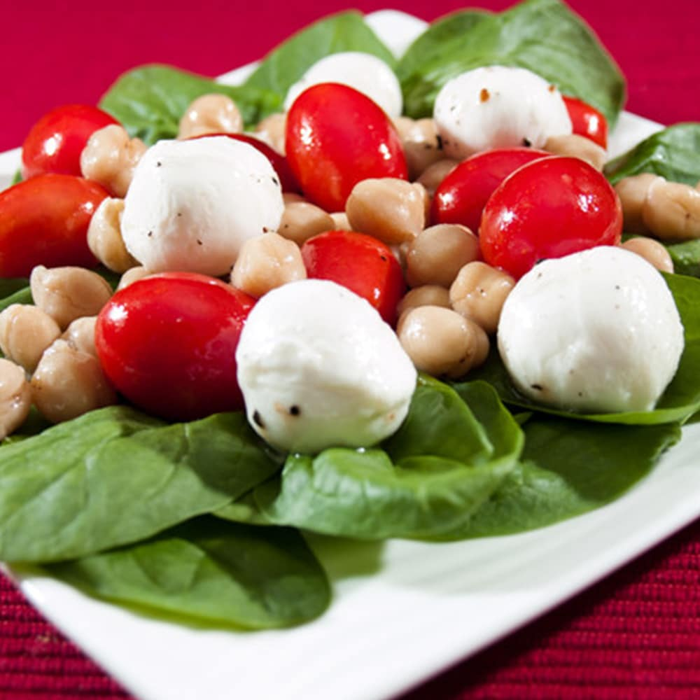 mozzarella, tomato, and chickpea salad