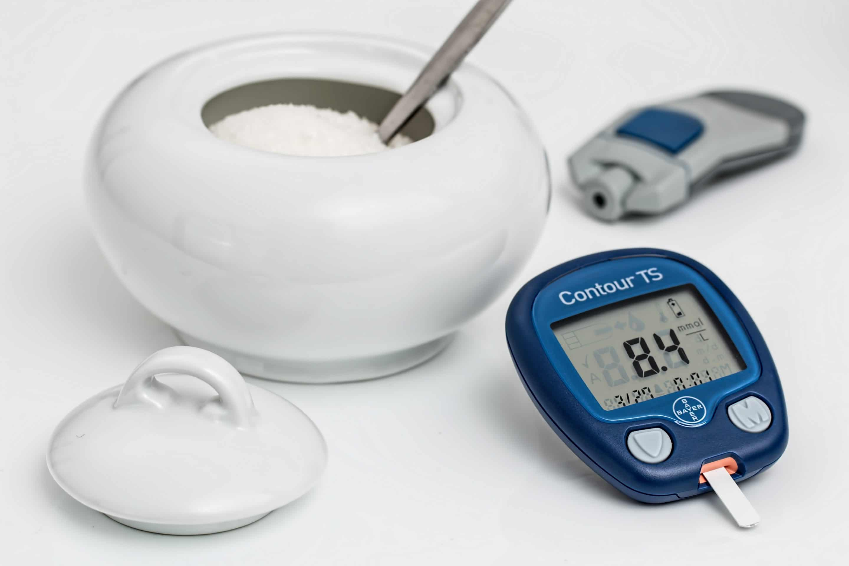 sugar and equipment for knowing blood sugar levels